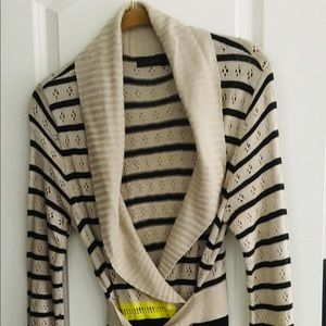 The Limited Wrap Sweater Shaw Striped Sz S
